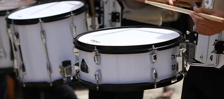 , Schlagzeug für ein Schulkind